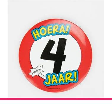 Button XL 4 jaar